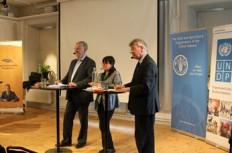 Huvudtalarna vid lunchseminariet om hungerfrågan i nästa utvecklingsagenda. Foto: Malin von Strauss, UNDP.